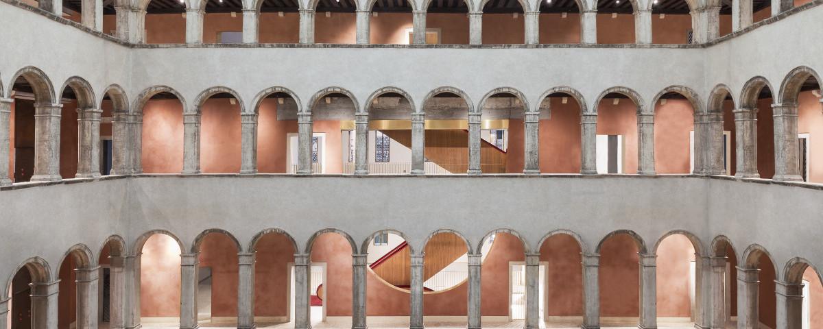 OMA restores Fondaco Dei Tedeschi