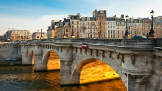 Feature image for the article 'Book review: How Paris Became Paris'