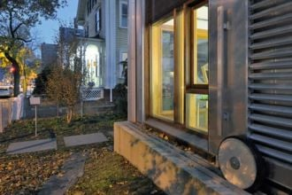 Feature image for the article 'Versatile polycarbonate transforms 19th century Massachusetts home'