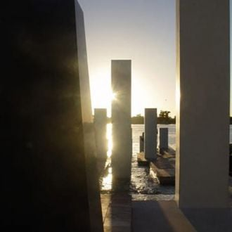 Thumbnail for the article 'The architects of remembrance'