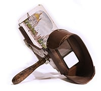 An early stereoscope.